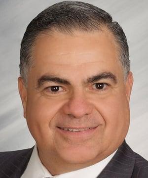 Roberto Munoz Headshot